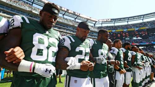 Jets players during national anthem