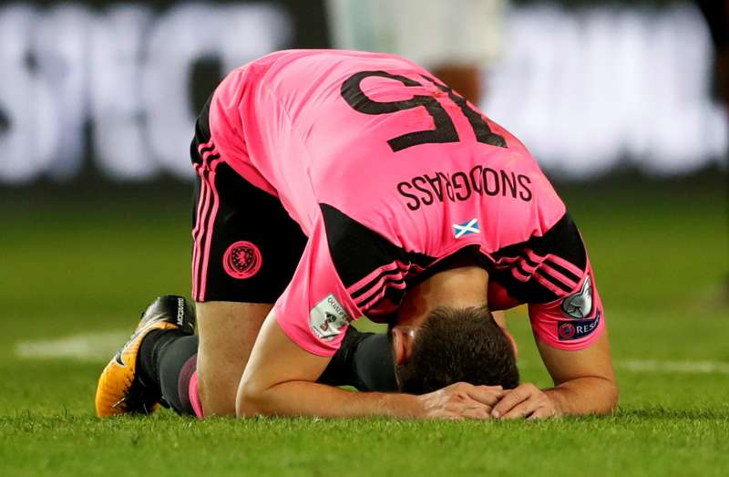 Soccer Football - 2018 World Cup Qualifications - Europe - Slovenia vs Scotland - Stozice Stadium, Ljubljana, Slovenia - October 8, 2017 Scotland's Robert Snodgrass looks dejected after the match. Action Images via Reuters/Andrew Boyers