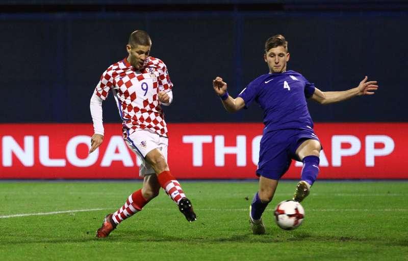 f34ab4d2a01 Soccer Football - 2018 World Cup Qualifications - Europe - Croatia vs  Greece - Stadion Maksimir