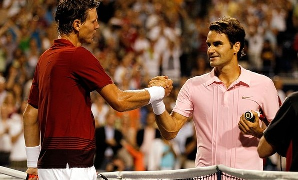 Federer defeated Berdych in a nail-biting three setter to reach the semis at Toronto