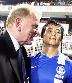 Bob Houghton and Bhaichung Bhutia